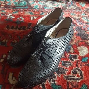 Leather Lattice Cut Oxford Heels